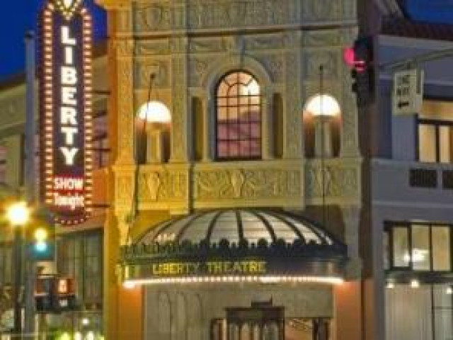 Liberty Theater restoration transforms Astoria